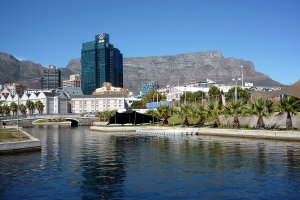 Canals at the Waterfront, Table Mountain in the background.