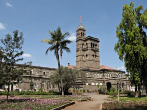 Main building of the University of Pune.