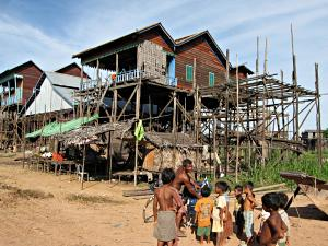 A high rising house in Kompong Khleang.