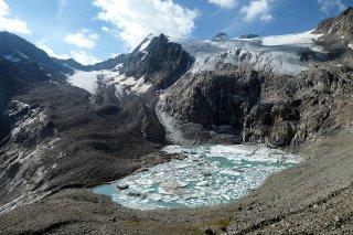 Sulzenau glacier lake.